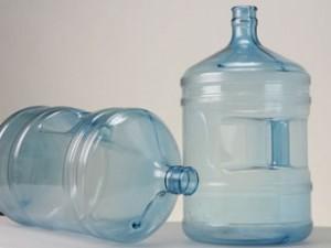 Поликарбонатные бутыли как тара для питьевой воды