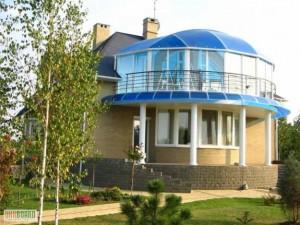 Крыша из поликарбоната — современное решение для вашего дома