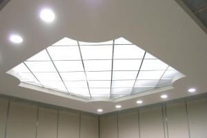 Потолок из поликарбоната — элегантность в вашем доме