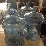 Фото: Бутылки из отходов