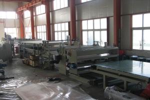Производители поликарбоната в России — уникальный материал будущего