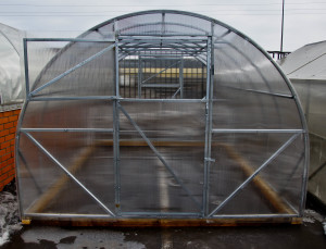 Теплица «Урожай Элит»из поликарбоната — парник для выращивания овощей поздней осенью