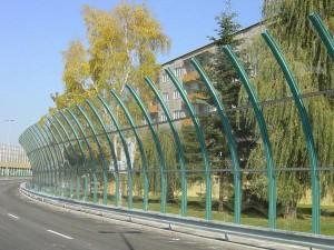 Фото: Защитные экраны из литого полимерного пластика