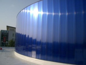 Фото: Формовка поликарбонатом стен