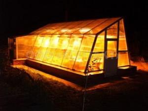 Фото: Капитальные сезонные тепличные конструкции