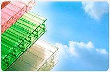 Прочность поликарбоната — главное качество поликарбонатных полотен